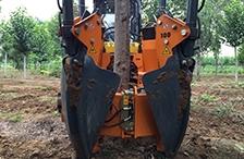 常青挖树机